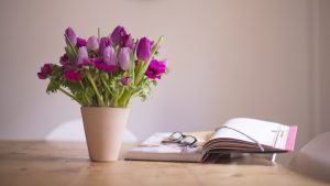 Image of a flower arrngement to illustrate floral workshops in bath bristol somerset and wiltshire