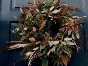 Image of a christmas wreath to illustrate a christmas floral craft workshop