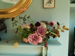 mantlepiece arrangement